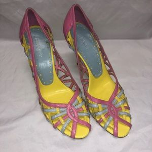 BCBG pink yellow and blue women's heels size 7.5
